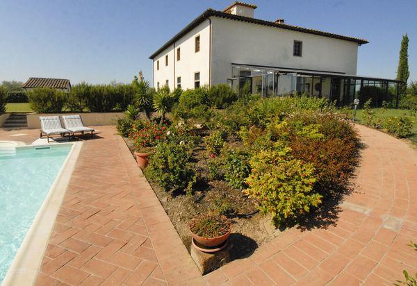 9ae1abc2c054c Villas de lujo con piscina en Italia - Casas exclusivas de ...